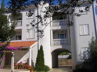 Apartments Paloma blanca Medulin - Medulin vacation rentals