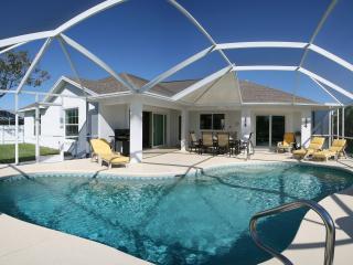 Florida Villa Belloccia - Italian Moments in South-West Florida - Gulf Coast Hidaway - Cape Coral vacation rentals