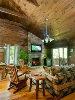 The Cabins at Long Branch: Dogwood Breeze - Lake Nantahala vacation rentals