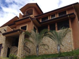 oceanview villa casa para amar - Ciudad Colon vacation rentals