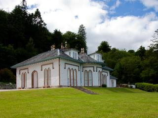 Large, Luxury House in Loch Lomond Sleeps 21 - Drymen vacation rentals