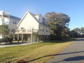 Walk 2 Blocks to Ocean and Tiki Bar! - Wrightsville Beach vacation rentals