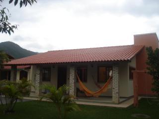 EXCELENTE CASA NA PRAIA DO SIRÚ EM GAROPABA -LINDO - Garopaba vacation rentals