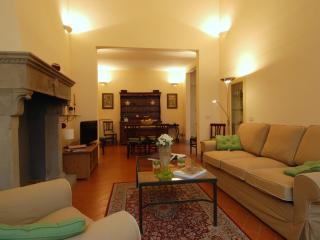 Moro Apartment Vacation Rental - Florence vacation rentals