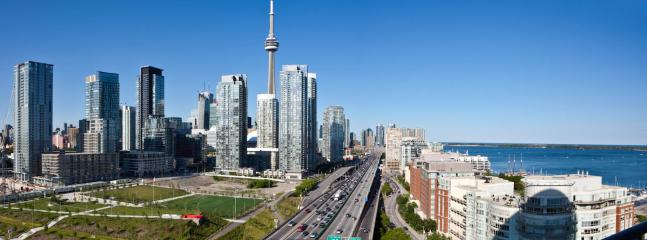 2 Br Lux Suite+Parking, on Lake Shore - Toronto vacation rentals