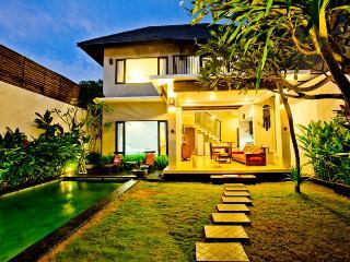 Villa Fovan Seminyak Bali - Denpasar vacation rentals