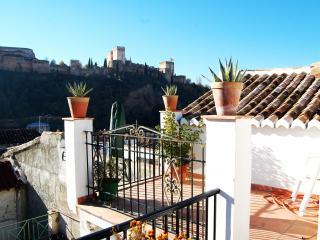 Atico de María la Chola A/C WIFI - Province of Granada vacation rentals