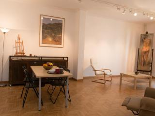 Super central artist's apt, Syntagma/Kolonaki! A/C - Palaio Faliro vacation rentals