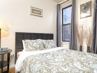 Lower East Side Hotel Style Stay! - New York City vacation rentals