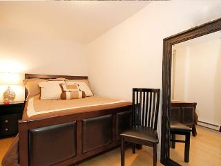 East village hotel style suite! - New York City vacation rentals