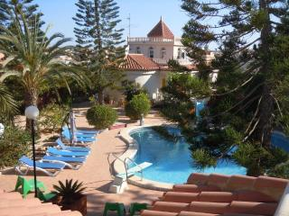 Costa Blanca South - 4 Bed Villa Playa Flamenca - La Zenia vacation rentals