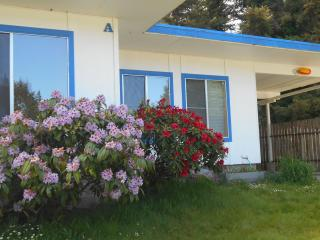 Spacious suite on the coast. A - Coos Bay vacation rentals