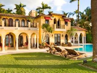 Villa Dolce Vita Lovely  villa on Sunset Island.. - Miami Beach vacation rentals