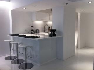 The Diamond Beautiful Studio in The Decoplage Condominiums - Miami Beach vacation rentals
