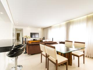 Inviting 3 Bedroom Apartment in Jardins - State of Sao Paulo vacation rentals