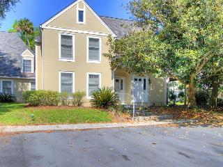Spotless Evian Villa,Unit 106, Free Bikes Tennis and Wifi - Hilton Head vacation rentals