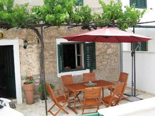 Charming 4 bedroom Bol House with Internet Access - Bol vacation rentals