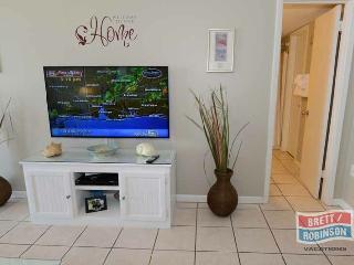 PHOENIX EAST 1 BEDROOM / 1 BATH 4TH FLOOR UNIT 402 - Orange Beach vacation rentals