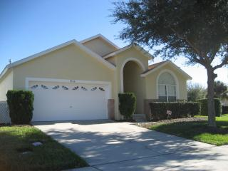 Disneysunnyvilla- 6 Bedroom 4 Bath Villa Rental, 4 miles from Disney - Kissimmee vacation rentals