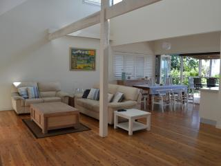 Broadleys Pet Friendly Beach House - Moreton Island vacation rentals
