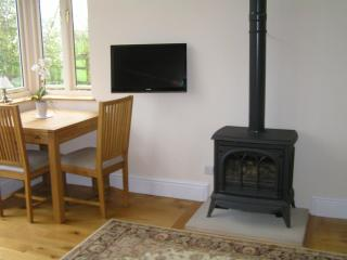Swallows Nest self-catering holiday cottage - Matlock vacation rentals