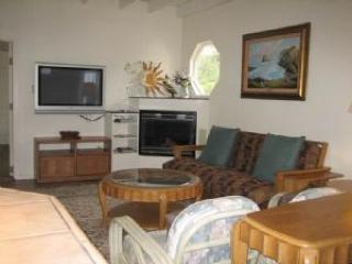 Dog-friendly home w/private hot tub, deck & firepit + only half a mile to beach - Fort Bragg vacation rentals