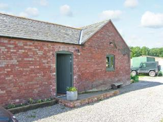 SPARROW HATCH romantic retreat, studio accommodation in Northwood Ref 913332 - Welshampton vacation rentals