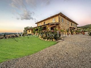 1705 - Volterra vacation rentals