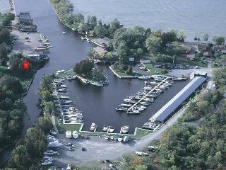 Lake Simcoe Cottage in Beaverton harbour - Uxbridge vacation rentals