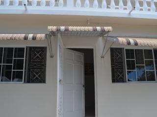 Jamaican Dreams- Elegantly comfortable - Jamaica vacation rentals