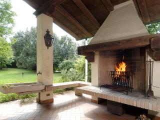 Relais Il Melograno - Royal Suite - Breda di Piave vacation rentals