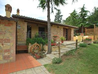 "Farmhouse ""La casa del sole"" - Umbria vacation rentals"