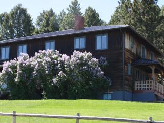 Montana's Big M Lodging secluded yet close to Philipsburg - Philipsburg vacation rentals