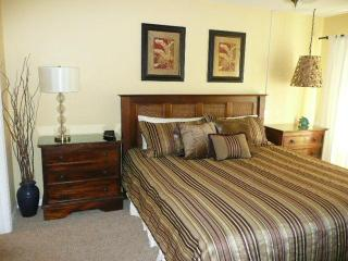 LOCATION PLUS! Gold Star Gulf View 2 Bedroom - Miramar Beach vacation rentals