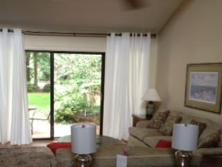 15% Off - 3 Bdrm Villa Selectivly Pet Friendly Close to Beach, Shipyard - Hilton Head vacation rentals