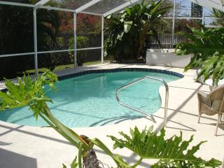 Peaceful/ Tropica/ Private Yet Close to Siesta Key - Sarasota vacation rentals