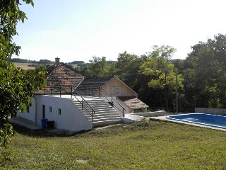 3 bedroom Cottage with Deck in Szakacsi - Szakacsi vacation rentals