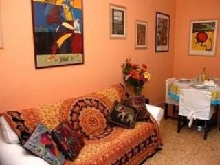 Living room - HolidayVaticanApartment  - freeWIFI,AC,metro 250m - Rome - rentals