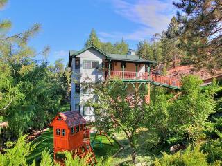 Bear Creek - Spa! Game Room! Yard! Near Bear Mtn! - Moonridge vacation rentals