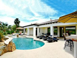 'Santana' Pool, Spa, Built In BBQ, Game Room - La Quinta vacation rentals
