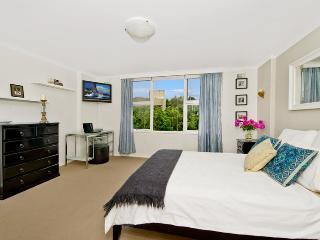 Stylish Studio Apartment - Sydney vacation rentals