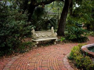 BreezewayStudio Guest House near Tybee (Group 10) - Savannah vacation rentals