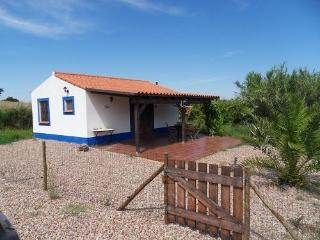Lovely cottage with use of swimmingpool for 2-4p. - Sao Luis vacation rentals