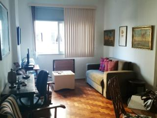1018 Excellent Apt Located Only 1 Block Away From Copacabana Beach - State of Rio de Janeiro vacation rentals