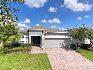 Luxury Gated Community 4bd 3 Bath Home.Pool. - Kissimmee vacation rentals