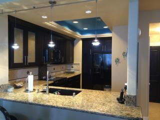 Luxury 1 bed condo gorgeous view Newport Beach - Newport Beach vacation rentals