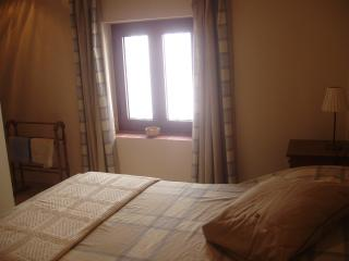 Charming holiday 'bolt-hole' to rent with superb views - Alcalá de los Gazules vacation rentals