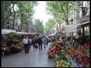 Rambla Apartment Only 10 Min Walk To La Rambla - Barcelona vacation rentals