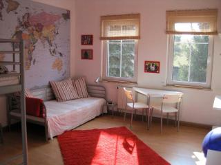 Vacation Apartment in Augustusburg (Erzgebirge) - 60 sqft, quiet, bright, comfortable (# 5143) - Augustusburg vacation rentals