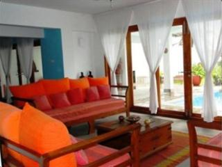 Ground Floor Living Area - Welcome to Footprints Villa - Galle - rentals
